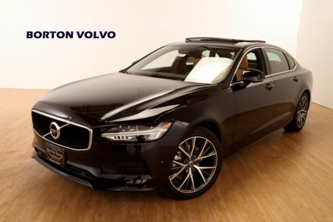 New 2019 Volvo S90 T5 Momentum Sedan For sale/Lease Near Minneapolis