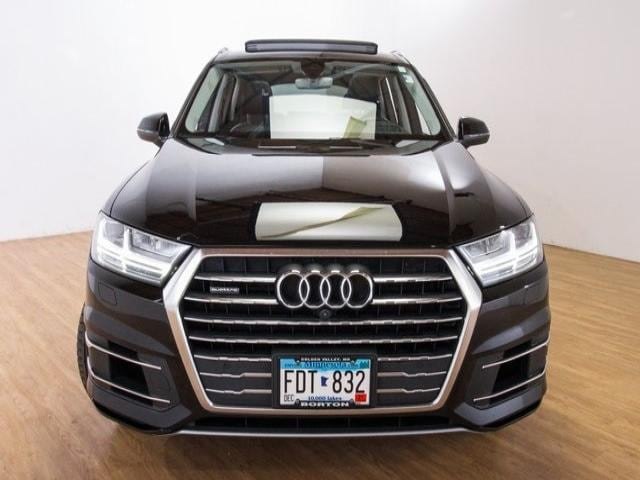 Used 2017 Audi Q7 Prestige with VIN WA1VAAF79HD002423 for sale in Golden Valley, Minnesota