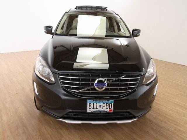 Used 2015 Volvo XC60 T6 with VIN YV4902RK5F2666532 for sale in Golden Valley, Minnesota