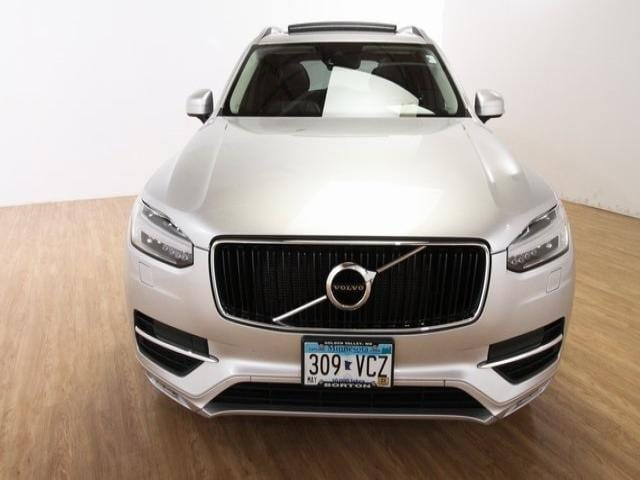 Used 2016 Volvo XC90 Momentum with VIN YV4A22PKXG1078109 for sale in Golden Valley, Minnesota