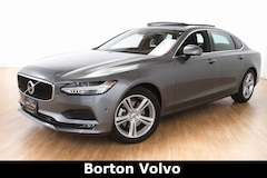 New 2018 Volvo S90 T5 FWD Momentum Sedan for sale in Golden Valley MN