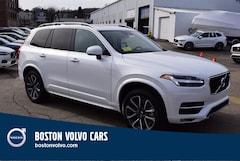2019 Volvo XC90 T5 Momentum SUV YV4102PK8K1470973
