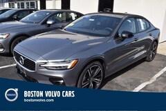 2019 Volvo S60 T5 R-Design Sedan 7JR102FM8KG005226