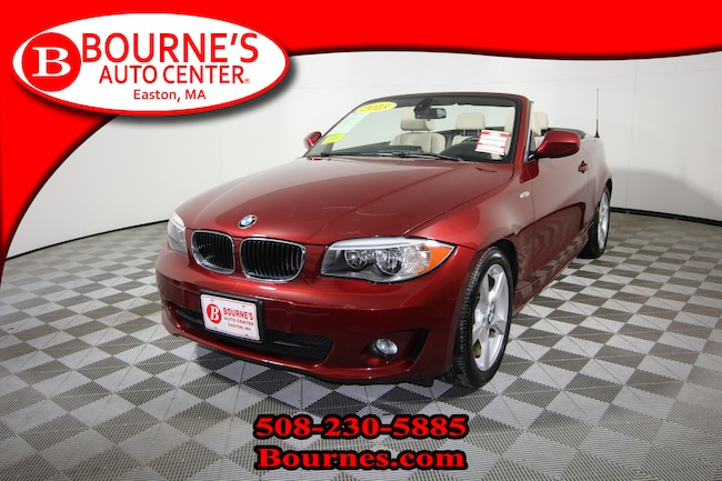 2013 BMW 128i w/ Navigation,Leather, And Heated Front Seats. Convertible