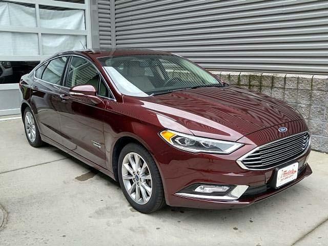 2017 Ford Fusion Energi Titanium FWD Sedan
