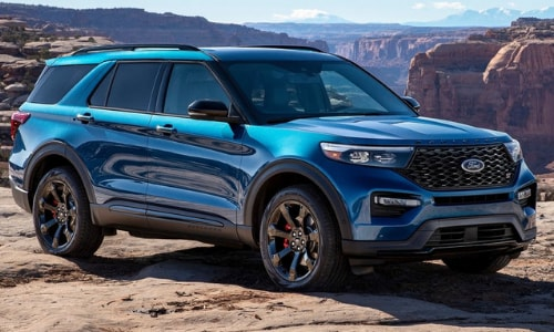 2020 Ford Explorer ST parked cliff edge grand canyon