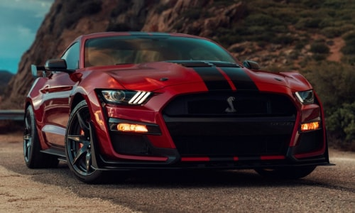 2020 Ford Mustang Shelby GT 500 red black stripes mountain scene