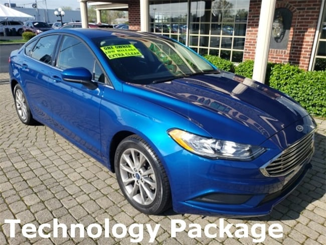 Used 2017 Ford Fusion SE w Tech & Sync 3 Package Sedan for sale in Bowling Green, OH
