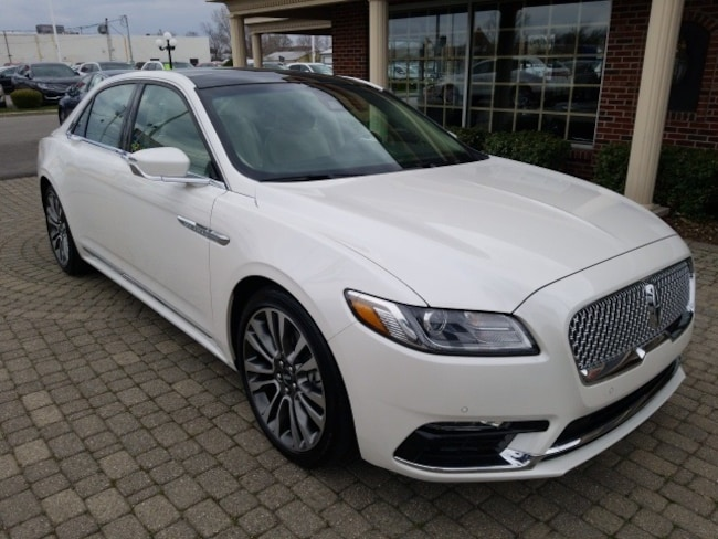 Certified Pre-Owned 2017 Lincoln Continental Reserve AWD w Nav & Sunroof Sedan for sale in Bowling Green, OH