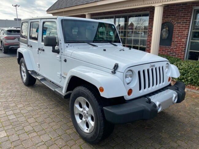 Used 2013 Jeep Wrangler Unlimited Sahara w Navigation SUV for sale in Bowling Green, OH