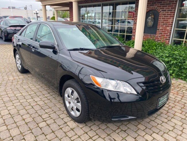 Used 2009 Toyota Camry LE Sedan for sale in Bowling Green, OH