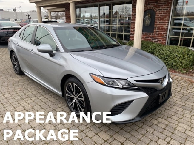 Used 2018 Toyota Camry SE w Sport Appearance Package Sedan for sale in Bowling Green, OH