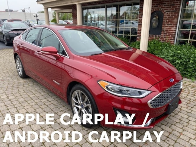 Used 2019 Ford Fusion Hybrid Titanium w Sunroof & Leather Sedan for sale in Bowling Green, OH
