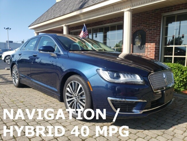 Used 2017 Lincoln MKZ Hybrid w Navigation Sedan for sale in Bowling Green, OH