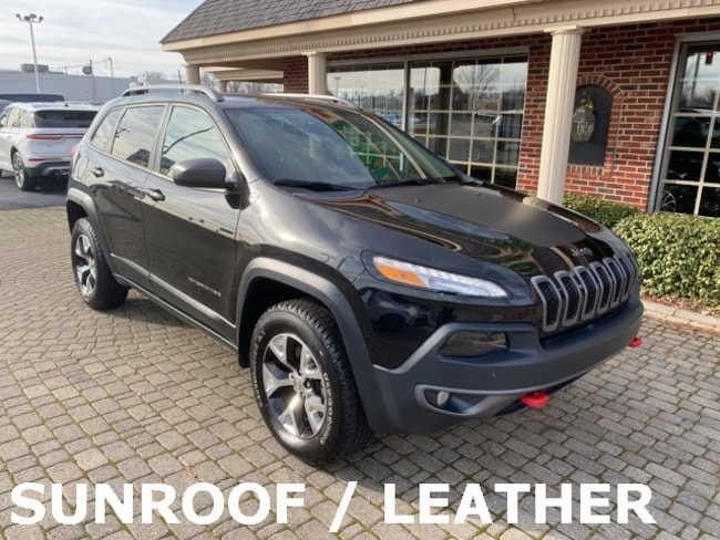 Used 2016 Jeep Cherokee Trailhawk 4X4 w Sunroof & Leather SUV for sale in Bowling Green, OH
