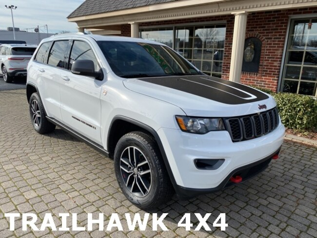 Used 2017 Jeep Grand Cherokee Trailhawk 4X4 w Navigation, Leather, & Sunroof SUV for sale in Bowling Green, OH