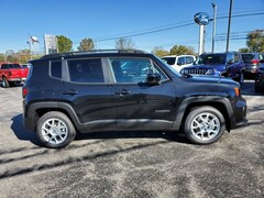new 2019 Jeep Renegade LATITUDE FWD Sport Utility North Vernon, IN