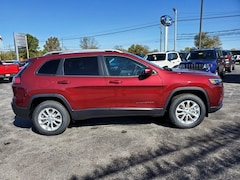 New 2020 Jeep Cherokee LATITUDE 4X4 Sport Utility  for sale in North Vernon IN