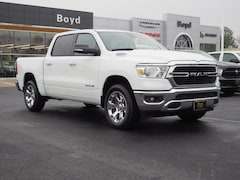 New 2020 Ram 1500 BIG HORN CREW CAB 4X4 5'7 BOX Crew Cab 1C6SRFFT4LN254960 R20061 for sale in Emporia