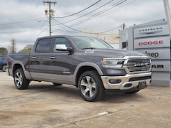 New 2019 Ram 1500 LARAMIE CREW CAB 4X4 5'7 BOX Crew Cab 1C6SRFJT5KN807377 R19120 for sale in Emporia