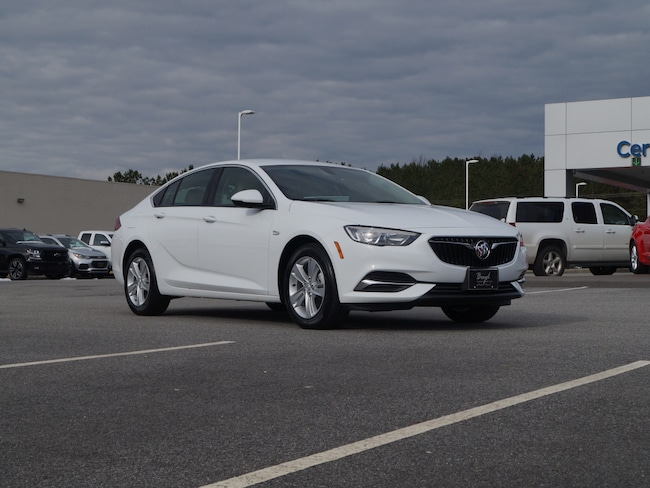 2019 Buick Regal Sportback 4DR SDN FWD Base  Sportback