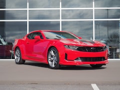 New 2019 Chevrolet Camaro 2DR CPE LT W/1LT LT  Coupe w/1LT 1G1FB1RX3K0113351 CC19028 for sale in Emporia
