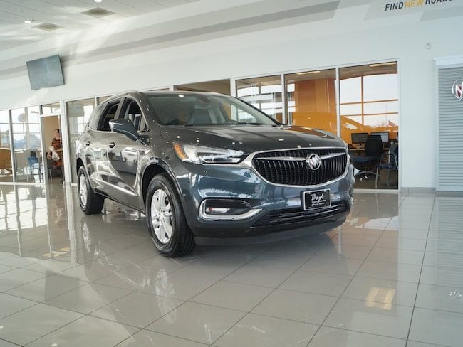 2018 Buick Enclave FWD 4DR Essence Essence  Crossover