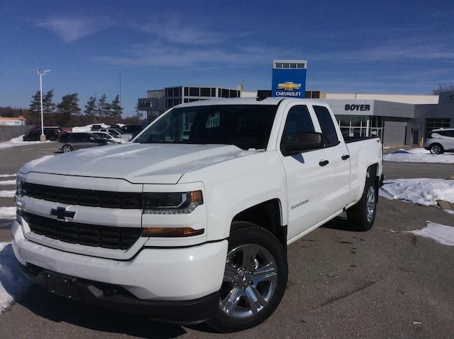 2019 Chevrolet Silverado 1500 LD Silverado Custom | TRAILERING PKG | TEEN DRIVER Truck Double Cab