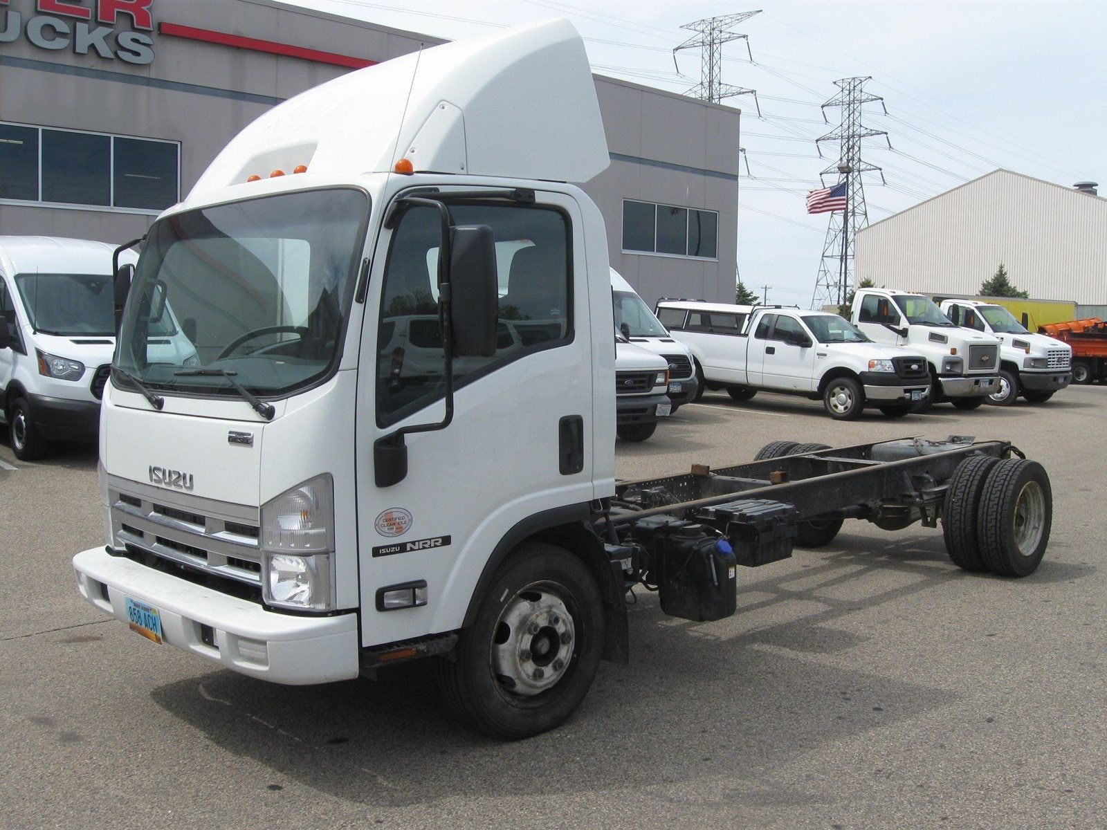 2014 Isuzu NRR S/A Chassis