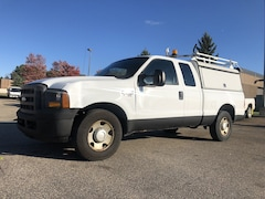 2005 Ford Super Duty F-250 XL Supercab 158 XL