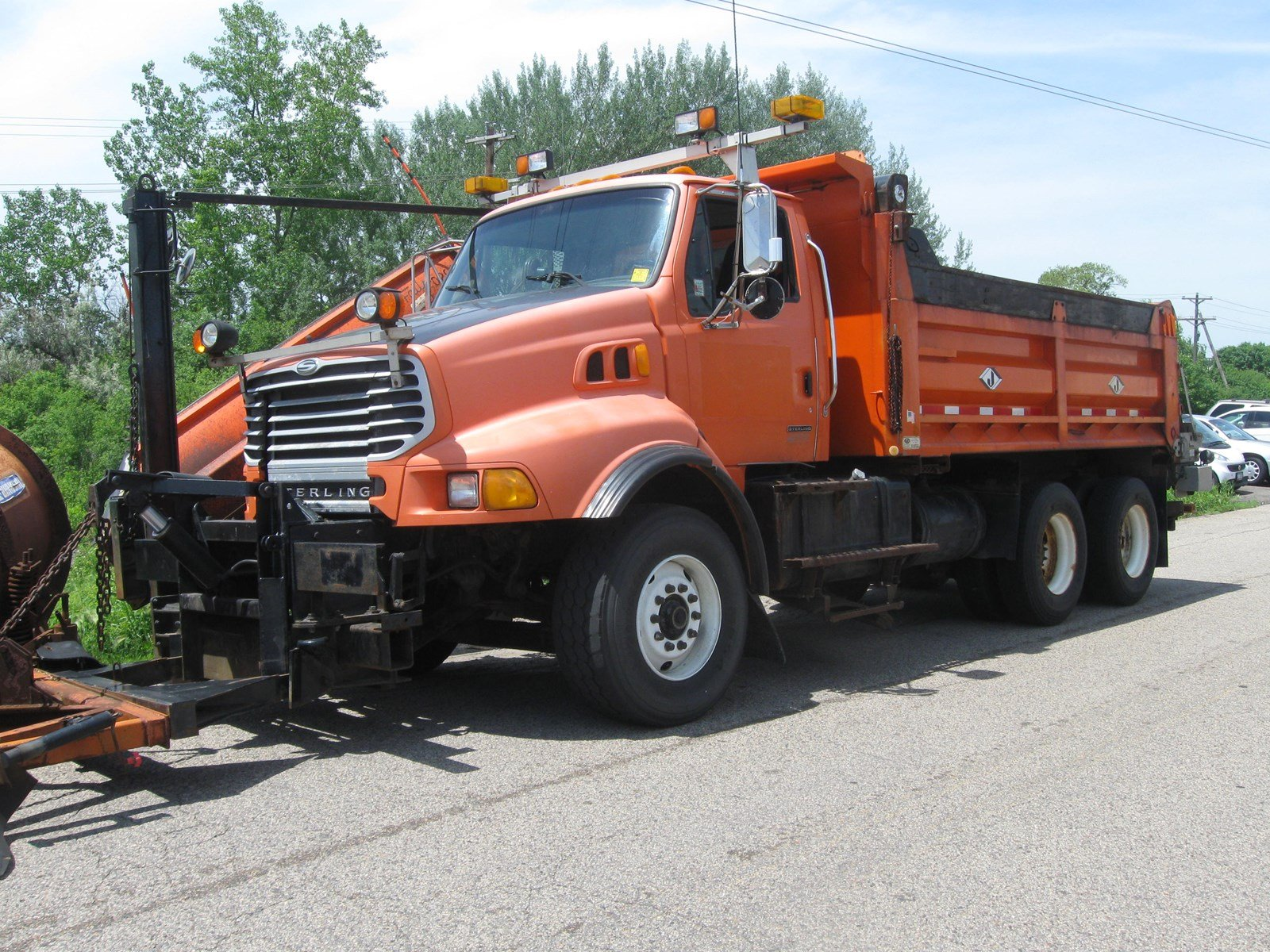 2002 Sterling LT9513 T/A Plow Plow Trucks