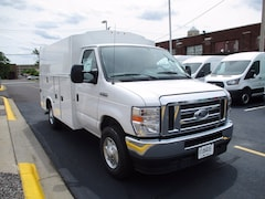2021 Ford E-350 Truck