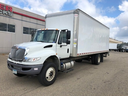 2015 International 4300 26 BOX Truck DRY VAN