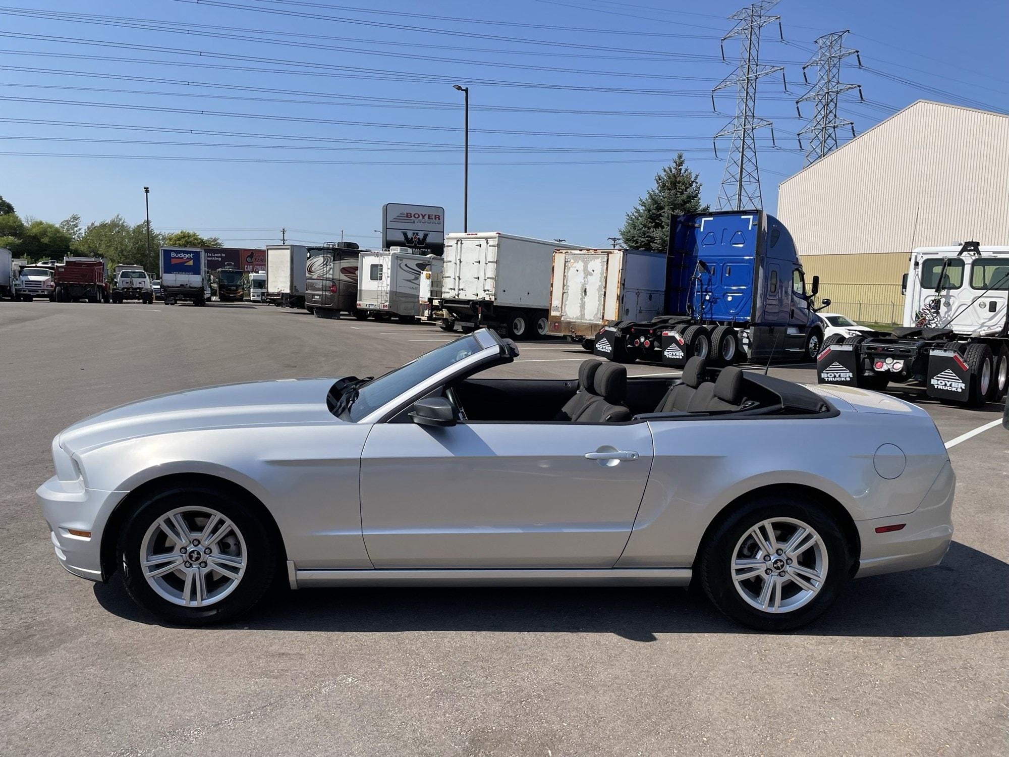 Used 2014 Ford Mustang V6 Premium with VIN 1ZVBP8EM3E5300198 for sale in Minneapolis, Minnesota