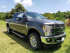 2019 Ford F-350 4WD Crew CAB Truck