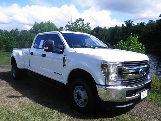 2018 Ford F-350 XLT CREW CAB LONG BED TRUCK