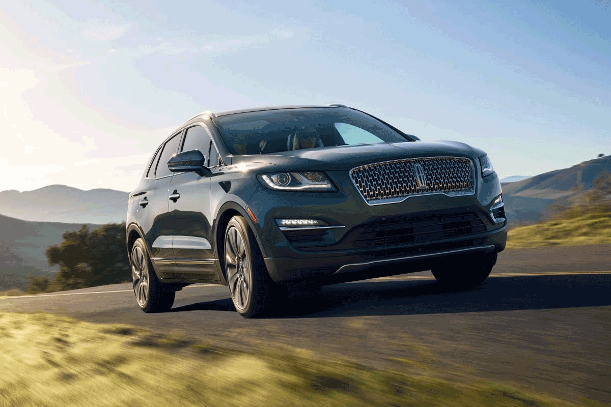 2019-Lincoln-MKC-for-Sale-at-Bozard-Lincoln.png