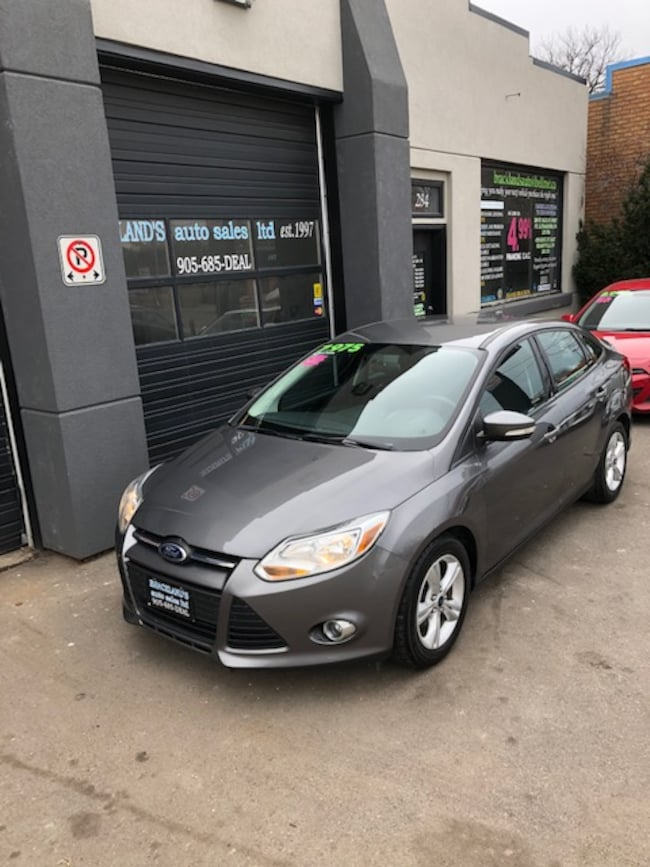 2013 Ford Focus SE, ALLOYS, AFFORDABLE ECONOMY!! Sedan