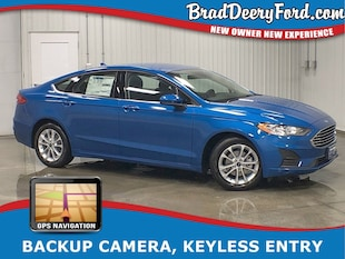 2019 Ford Fusion SE w/ Navigation, B-up Camera, USB & Keyless Entry Sedan