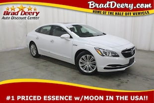 2018 Buick LaCrosse Essence w/ R.Start, Bluetooth, & B-Up Camera Sedan