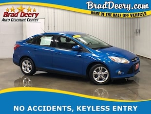 2012 Ford Focus SE w/ Keyless Entry & 38 MPG!! Sedan