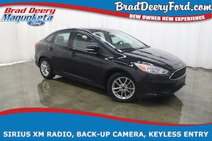 2015 Ford Focus SE w/ Back-up Camera Sedan