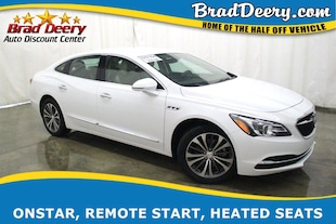 2018 Buick LaCrosse Essence w/ B-Up Camera, R. Start, Bluetooth, Htd.L Sedan