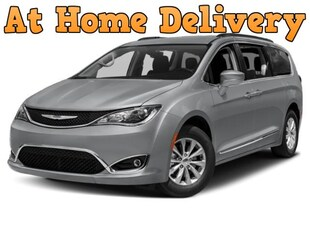 2018 Chrysler Pacifica Touring L Plus FWD Van