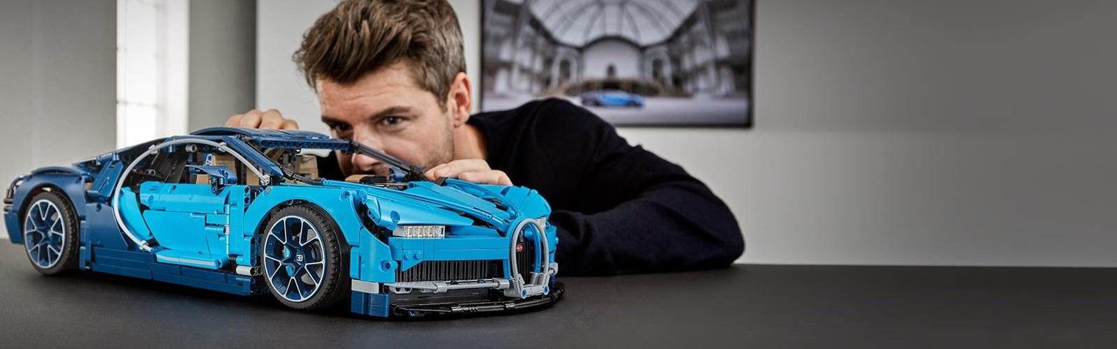 LEGO® Technic™ Bugatti Chiron Kit.jpg
