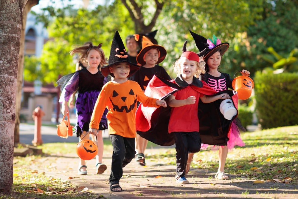 Neighborhoods for Trick-or-Treating in South Florida