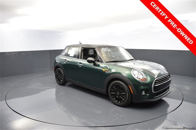 2017 MINI Hardtop 4 Door Cooper Hatchback