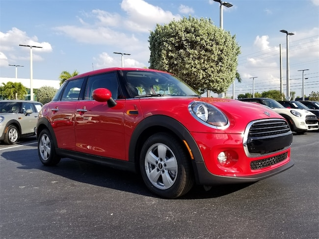 2019 MINI Hardtop 4 Door Cooper Classic Hatchback For Sale in West Palm Beach, FL