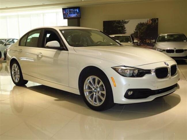 2017 BMW 320i Sedan Car