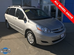 Used 2008 Toyota Sienna LE Minivan/Van For Sale in Brandford, CRT